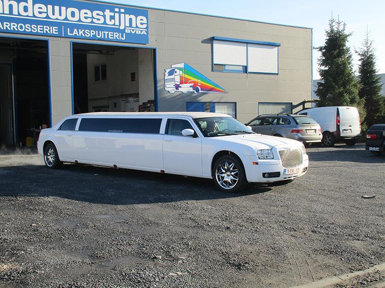 Spuiten limousine carrosserie