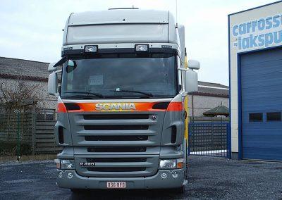 Trekker vrachtwagen herspuiten Roeselare