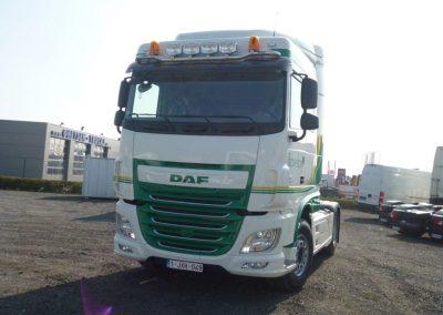 Herspuiten vrachtwagencabine